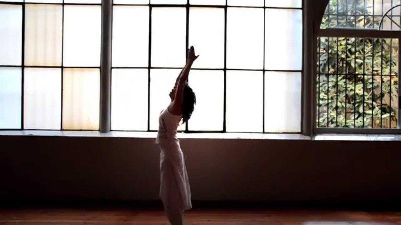 Ek Ong Kar Sat Gur Prasad - Comunicación Celestial con Fedora Fonseca. Música de Alexia Chellum.