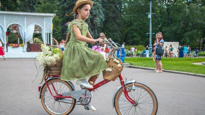 В Каменском состоится велопарад «Леди на велосипеде»