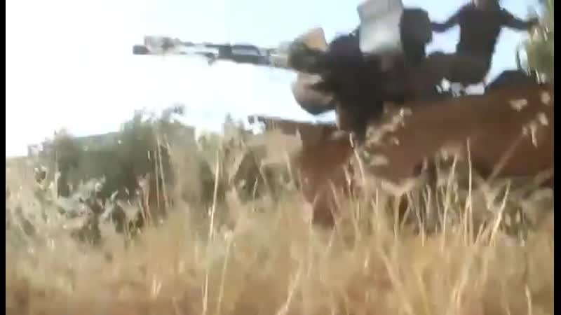 The time of contact with the militants Jaish al-Issa