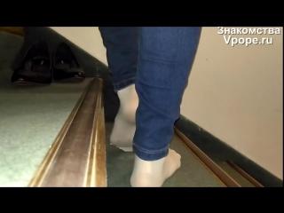 Footplay in sweaty hot white nylon stockings and black pumps (Ножки, Фетиш, Фут, Foot, Fetish, Чулки, Legs, Секси)