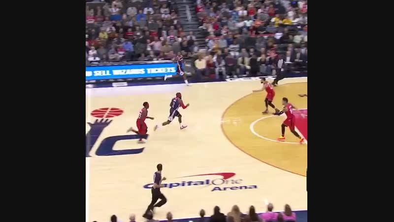 Kelly oubre throws down the hammer