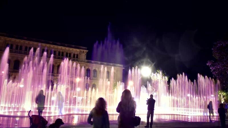 Светомузыкальный фонтан в Биржевом сквере.Калининград.