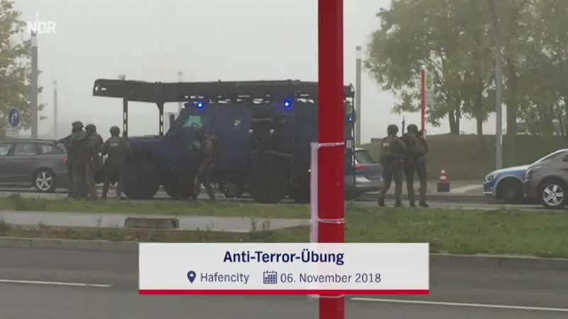 Spezialeinsatzkommandos (SEK) during a CT-exercise in Hamburg