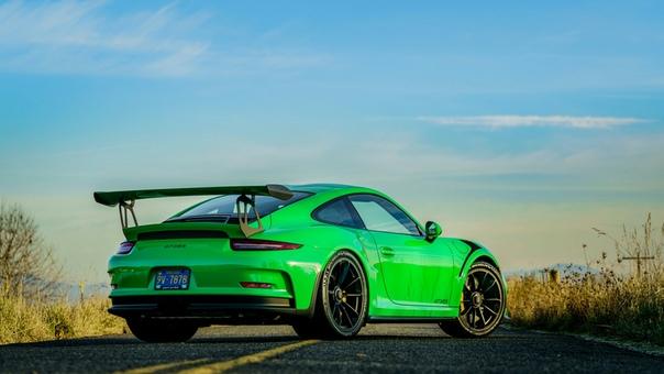 Очень редкие : Porsche 911 GT3 RS `2016