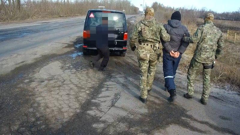 СОТРУДНИКИ ФСБ ЗАДЕРЖАЛИ ВЕРБОВЩИКА ТЕРРОРИСТОВ