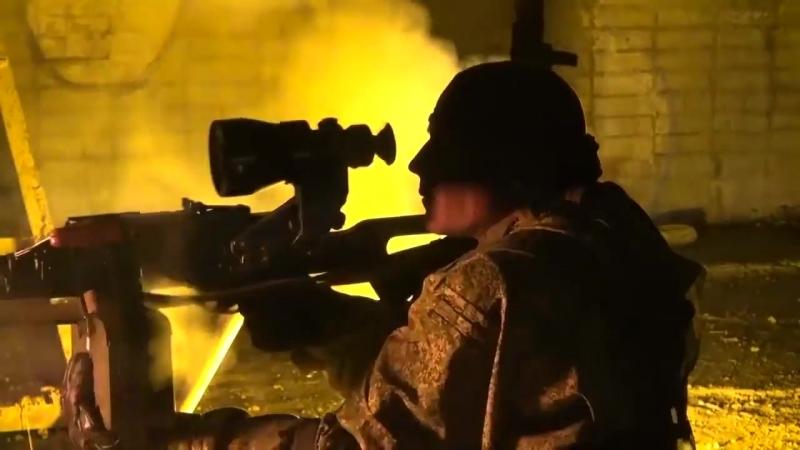 СПЕЦНАЗ_ ночной штурм захваченного здания