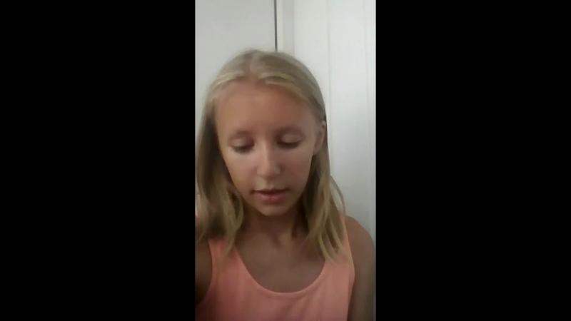 Valeria Unicorn Live