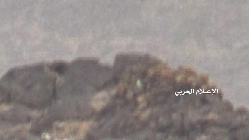 Снайпер хуситов подстрелил хадиста в Наджране.