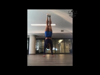 SLs Amazing Strength  Flexibility Girl 2018