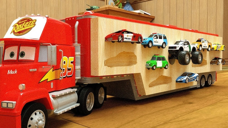 Learn Colors with Police Mack Truck putting Wooden Slots - Monster Police Cartoon
