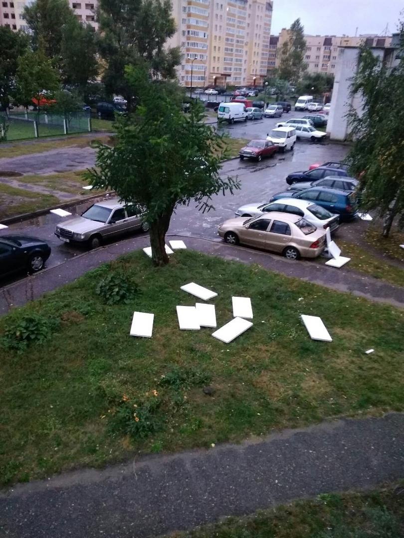 Стихия разгулялась... Мокрый и ветреный понедельник выдался в Бресте 24 сентября