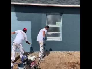 Как покрасить дом за полчаса