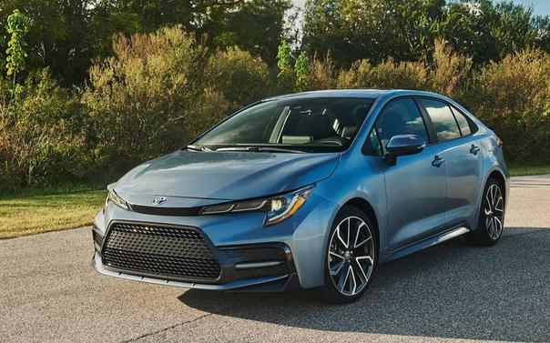 Toyota представила новую Corolla.