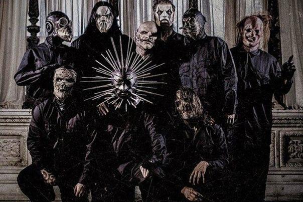 slipknot slipknot — американская группа, которая собственный стиль игры определяет как «нью-металл». альбомы этого коллектива неоднократно становились платиновыми и в родных соединенных штатах,