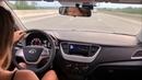 Как едет Hyundai Solaris 2 на трассе. Болтает его