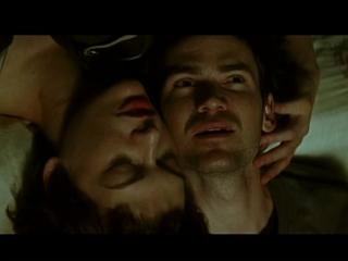 U2 (2000) The Ground Beneath Her Feet (OST The Million Dollar Hotel)