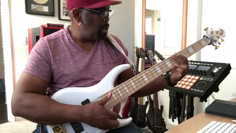 Andrew Gouchè - Funky-Thump--Pluck-Groove-in-E