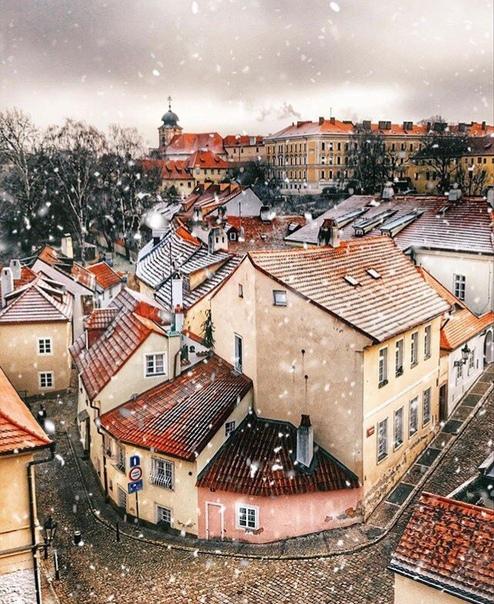 Короткий тур в Прагу на 4 ночи с завтраками за 11500 c человека в феврале