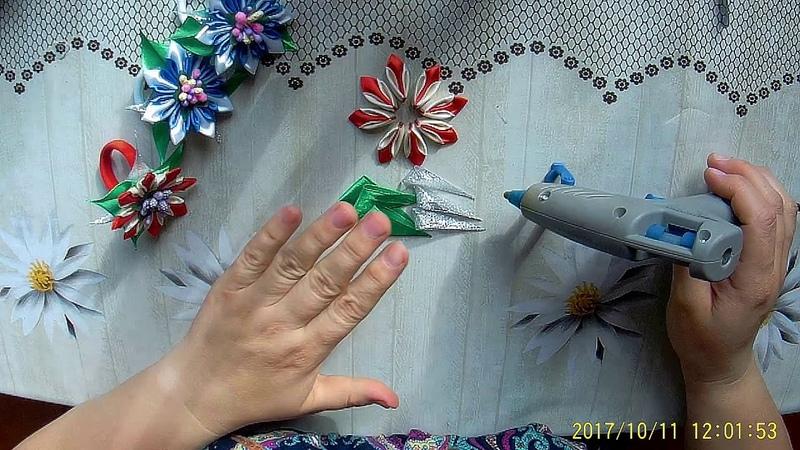 Как изготовить красивую резиночку для девочки. Украшение. Канзаши.