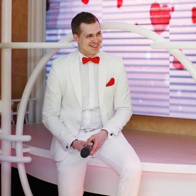 Олег Лапиков