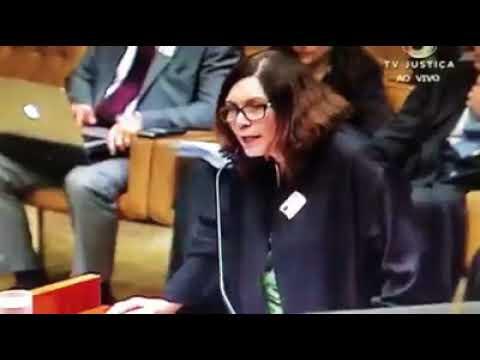 Bia Kicis defende o voto impresso no STF