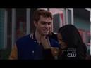 Riverdale 2x17 Hiram Lodge gives Archie a car