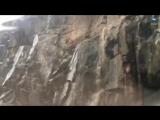 Rainfall Creates Amazing Waterfalls Over Rocks In Saudi ¦ August 27, 2018