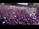 Armys raised their purple and white banners and created a picture where both bts and armys