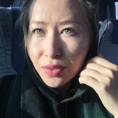 Элена Суримова