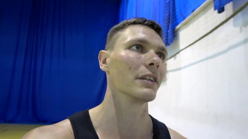 Играю 1 на 1 Против Тренера - Smoove x Школа Баскетбола.mp4