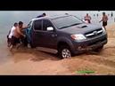 Пляж и песок наказал идиотов Эвакуаторщики и трактористы в шоке от тупости водителей