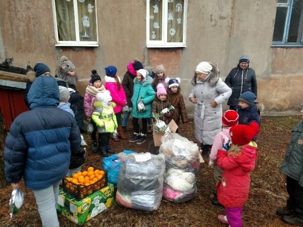 В горловском поселке шахты Гагарина остались только женщины и дети