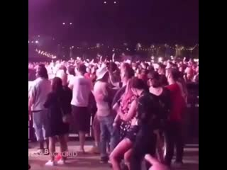 Halsey jamming out to her old fuck buddy with her new fuck buddy