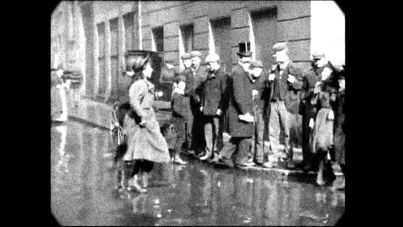 Feb 20, 1896 - Street Dance in Drury Lane, London (speed corrected w/ added sound)