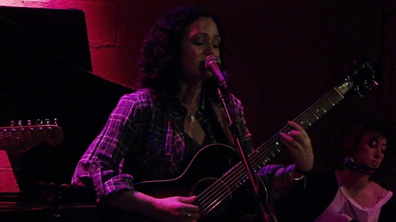 Allie Moss - Something to Hold on to {Live Rockwood Music Hall 2009}