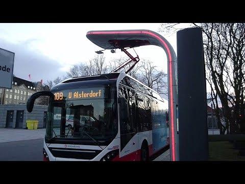 Elektrobusse in Hamburg Linie 109 Solaris Batteriebus und Volvo Plug in Hybridbus