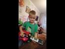 Юный рок 🤘 музыкант 🎶