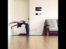 Практики йоги с помощью кресла