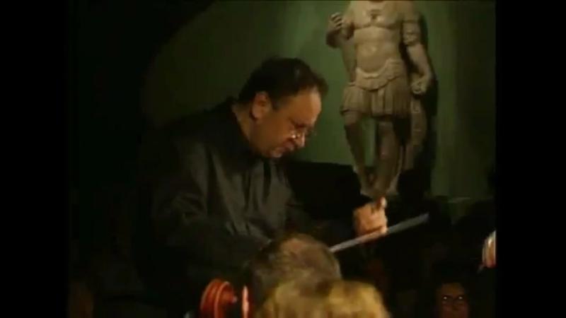 16.07.2008 Florence, Italy - Bargello Museo/BACH Violin Concerto N°2 E Major 1042 I. mov. Allegro