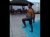 Стиль морской ракушки или как правильно выходить из бассейна