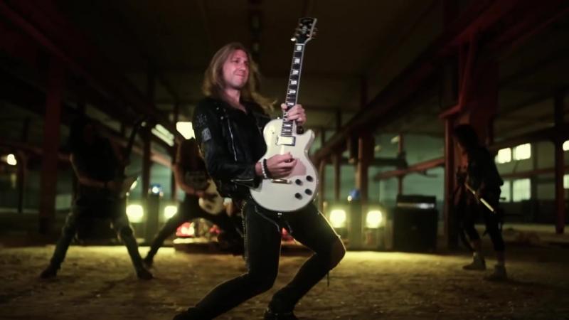 CRAZY LIXX — Hell Raising Women (official video' 2014)