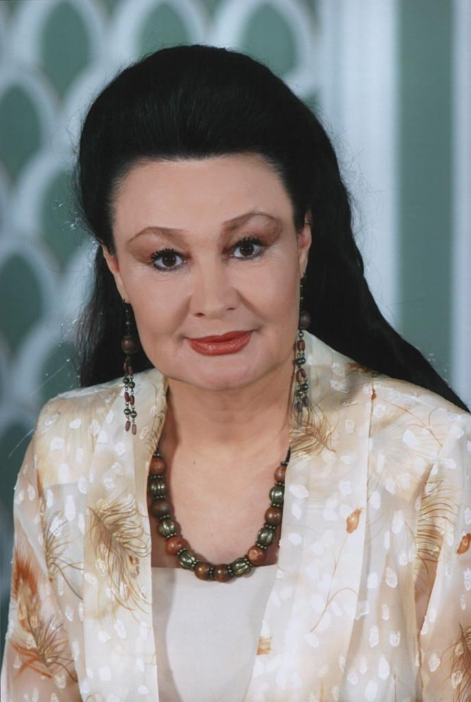 Показ фото татарских артистки порно анал чистый