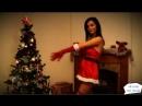 Красивая девушка танцует стриптиз!