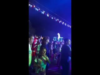#retroparty #partyonbeach #beachparty #guralpremier #antalya