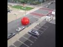 Укатившийся надувной мяч в Толедо, Испания - 9.09.2018