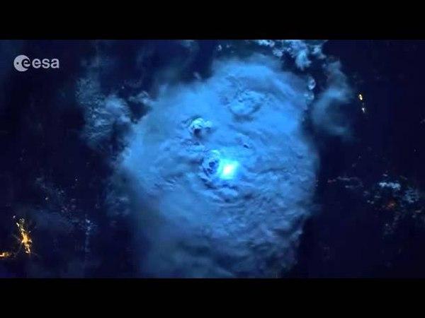 Взрывы пуканов — вид из космоса