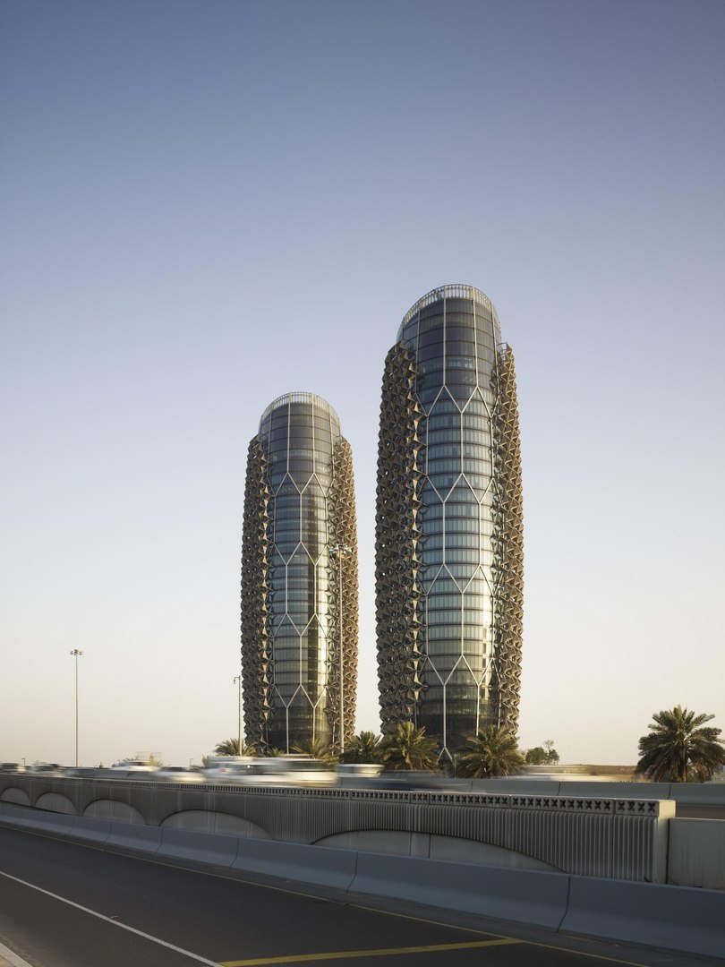 ABU DHABI INVESTMENT COUNCIL NEW HEADQUARTERS - AL BAHR TOWERS