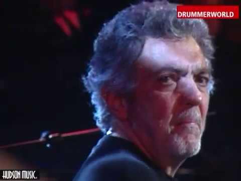 Steve Gadd - Larry Goldings NO MORE BLUES (SAUDADE) - Drum Solo at 350