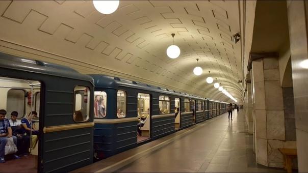 Все об общественном транспорте в Москве Как работают московское метро и наземный общественный транспорт. Где посмотреть схему Московского метрополитена и пересадки с МЦК. Где узнать расписание