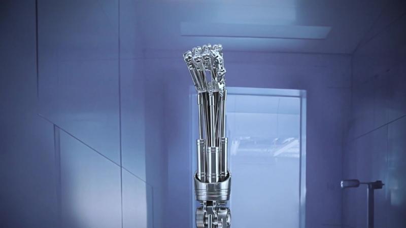 Blitzway pres. Terminator 2 T-800 Endoskeleton Arm Life-Size Replica
